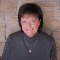 Marie Czapinski Headshot